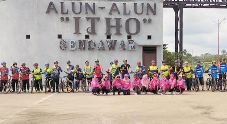 Tingkatkan Imunitas Tubuh, Gowes Bersama Komunitas Sepeda